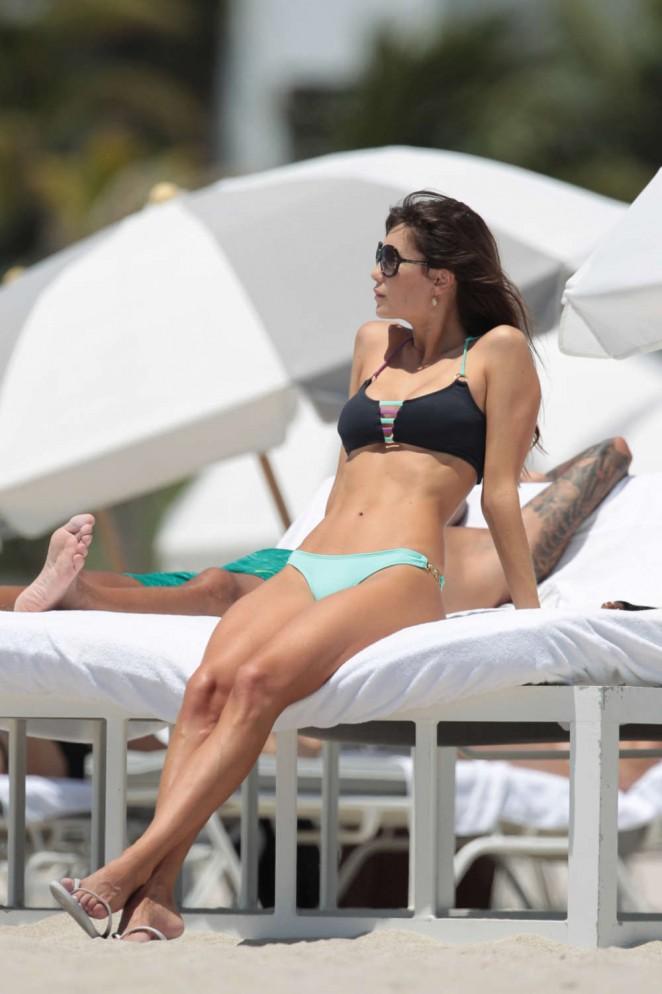 Julia Pereira in Bikini -08