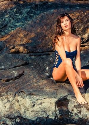 Julia Pereira: Lybethras Bikini 2015 -12