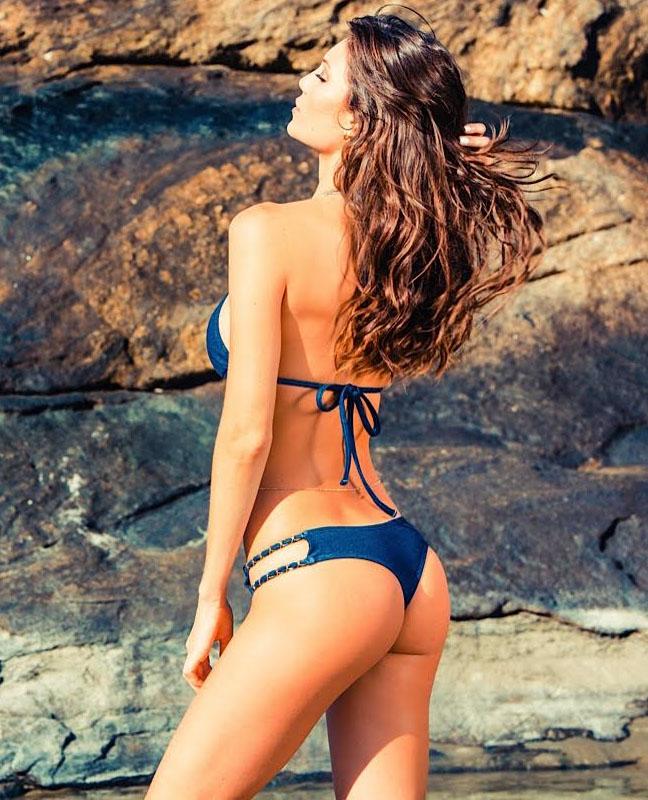 Julia Pereira: Lybethras Bikini 2015 -13