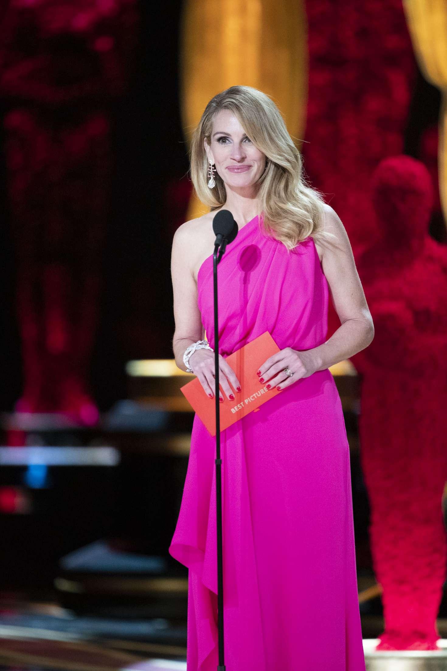 Julia Roberts 2019 : Julia Roberts: 2019 Oscars -07