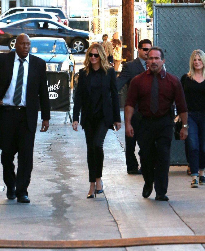 Julia Roberts - Arrives at Jimmy Kimmel Live! Show in LA