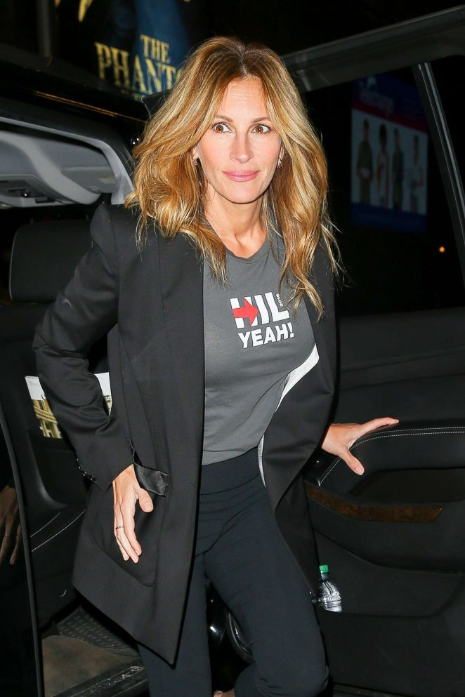 Julia Roberts – Attends Hillary Victory Fund – Stronger Together Concert in New York
