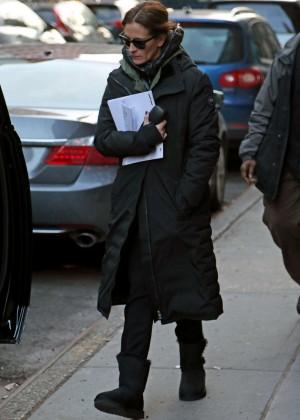 Julia Roberts - Filming 'Money Monster' in NYC