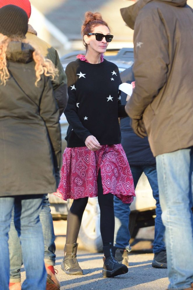 Julia Roberts - On set filming 'Ben is Back' in New York