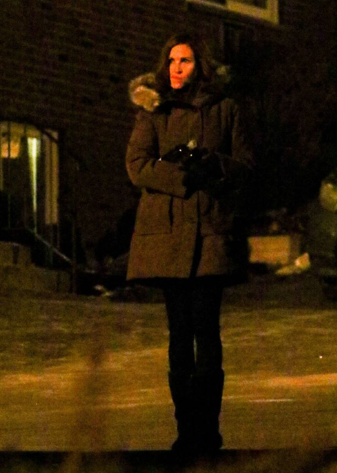 Julia Roberts on the set of 'Ben is Back' in NYC