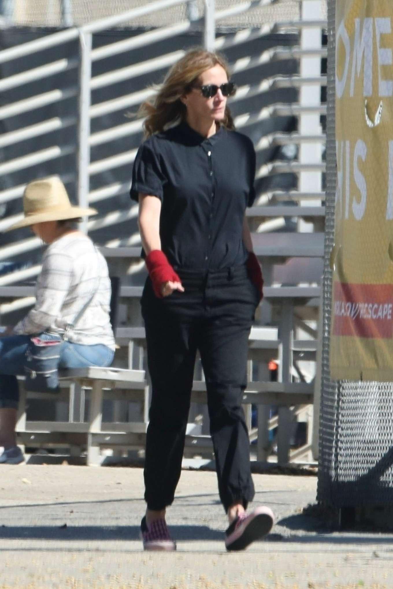 Julia Roberts 2019 : Julia Roberts – Out at skate park in Malibu-04