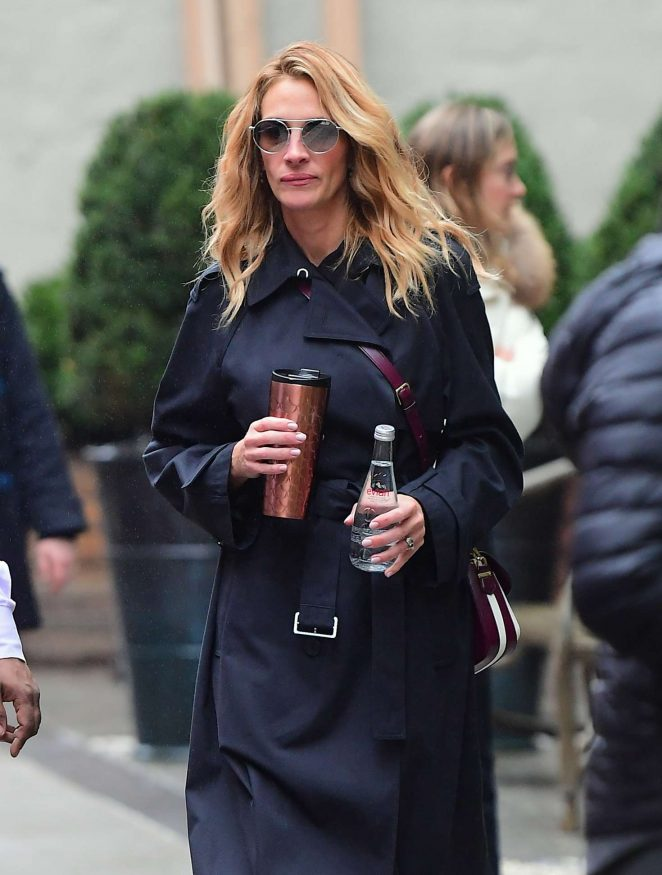 Julia Roberts – Shopping in NYC