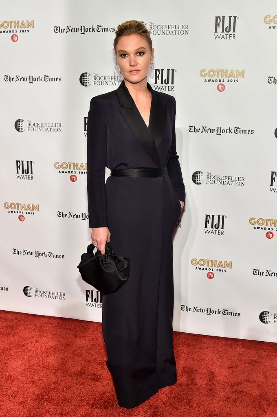 Julia Stiles 2019 : Julia Stiles – 2019 IFP Gotham Awards in NYC-03