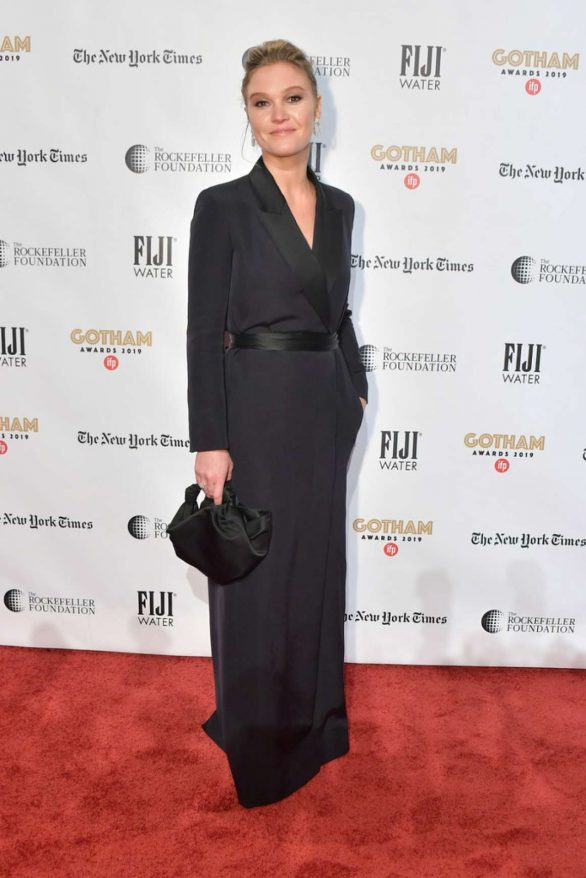 Julia Stiles 2019 : Julia Stiles – 2019 IFP Gotham Awards in NYC-04