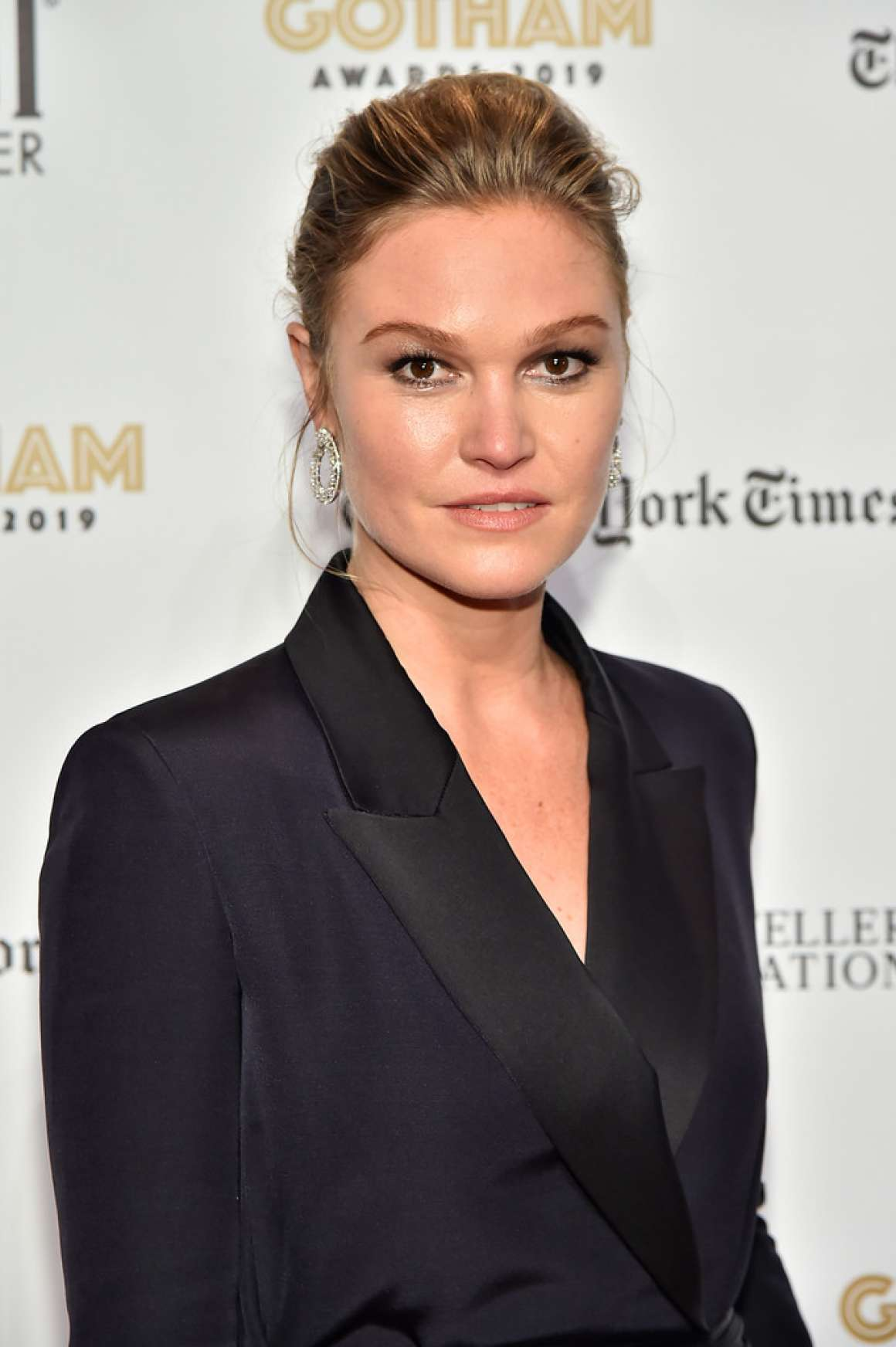 Julia Stiles 2019 : Julia Stiles – 2019 IFP Gotham Awards in NYC-05