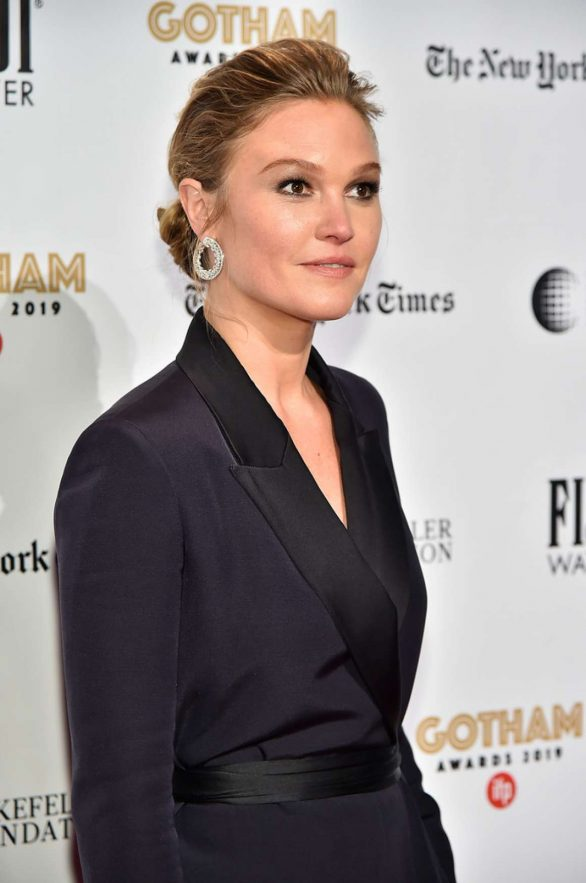 Julia Stiles 2019 : Julia Stiles – 2019 IFP Gotham Awards in NYC-07