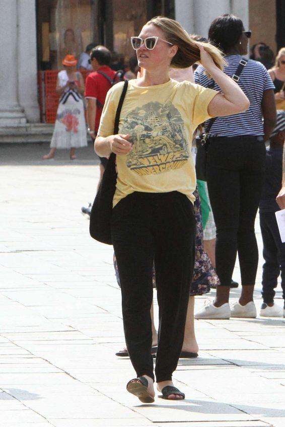 Julia Stiles 2019 : Julia Stiles and her husband Preston J. Cook – Spotted in Venice -22