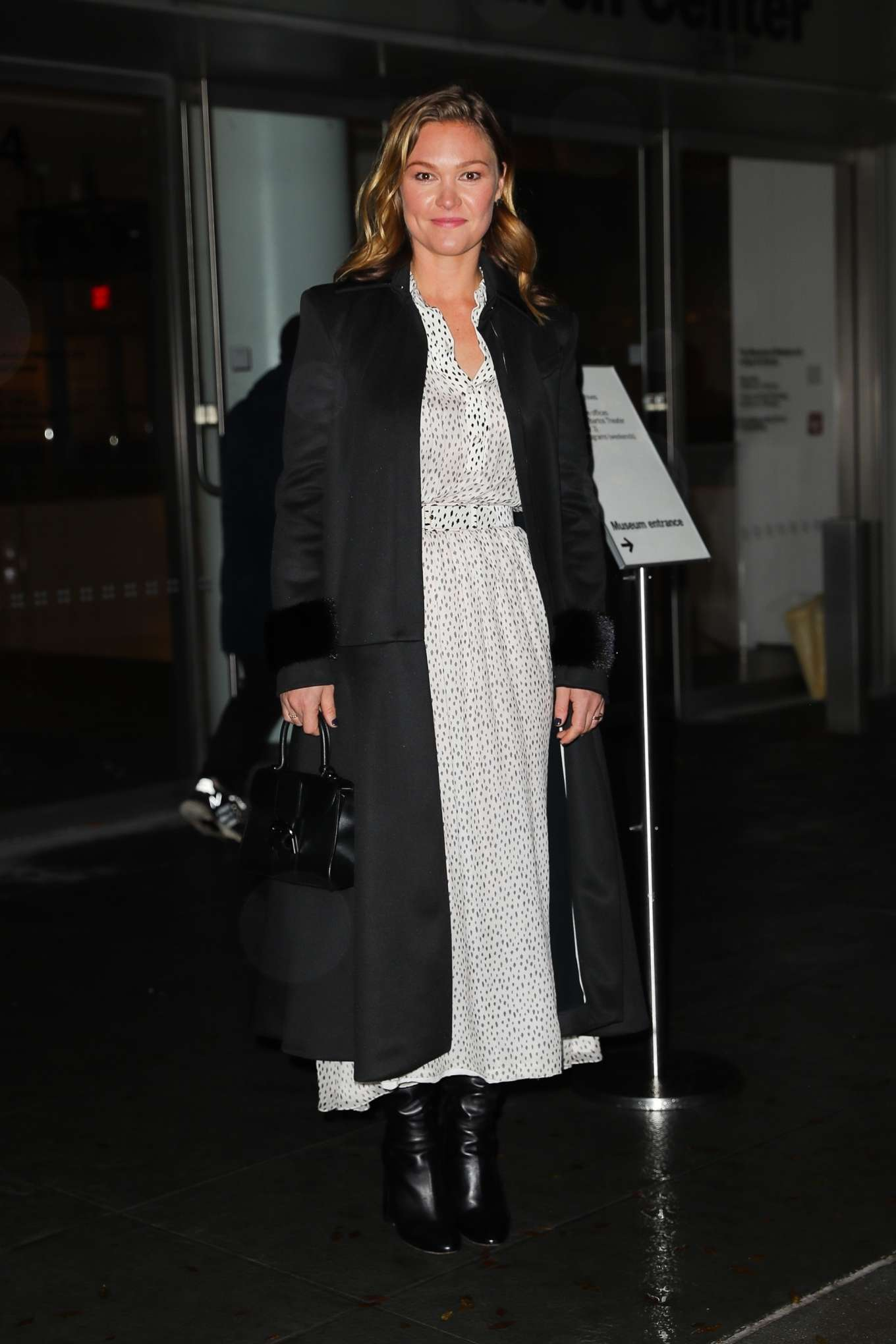 Julia Stiles 2019 : Julia Stiles – Leaving the Hustlers in New York-06