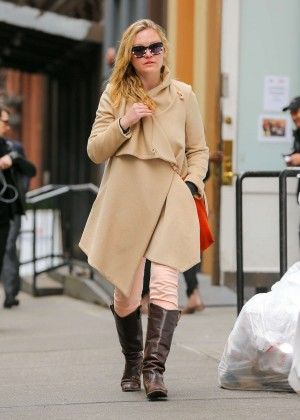 Julia Stiles: Out in NYC -09