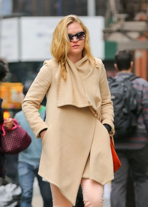 Julia Stiles: Out in NYC -14