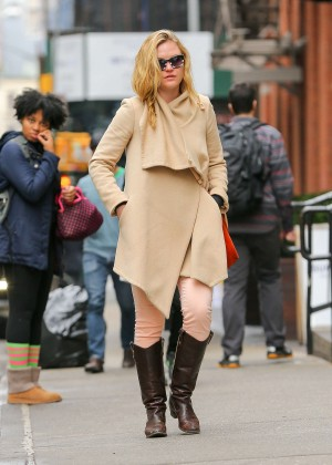 Julia Stiles: Out in NYC -15