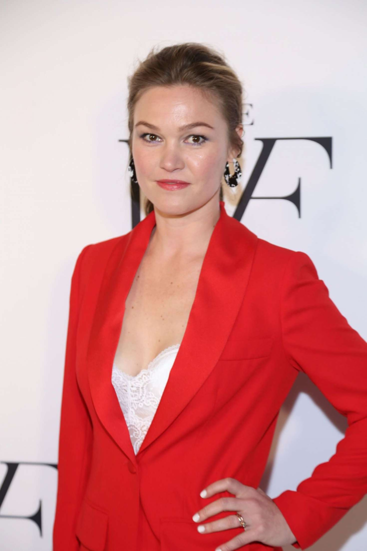 Julia Stiles - The Hollywood Reporter's 9th Annual Most Poweful People In Media in NY