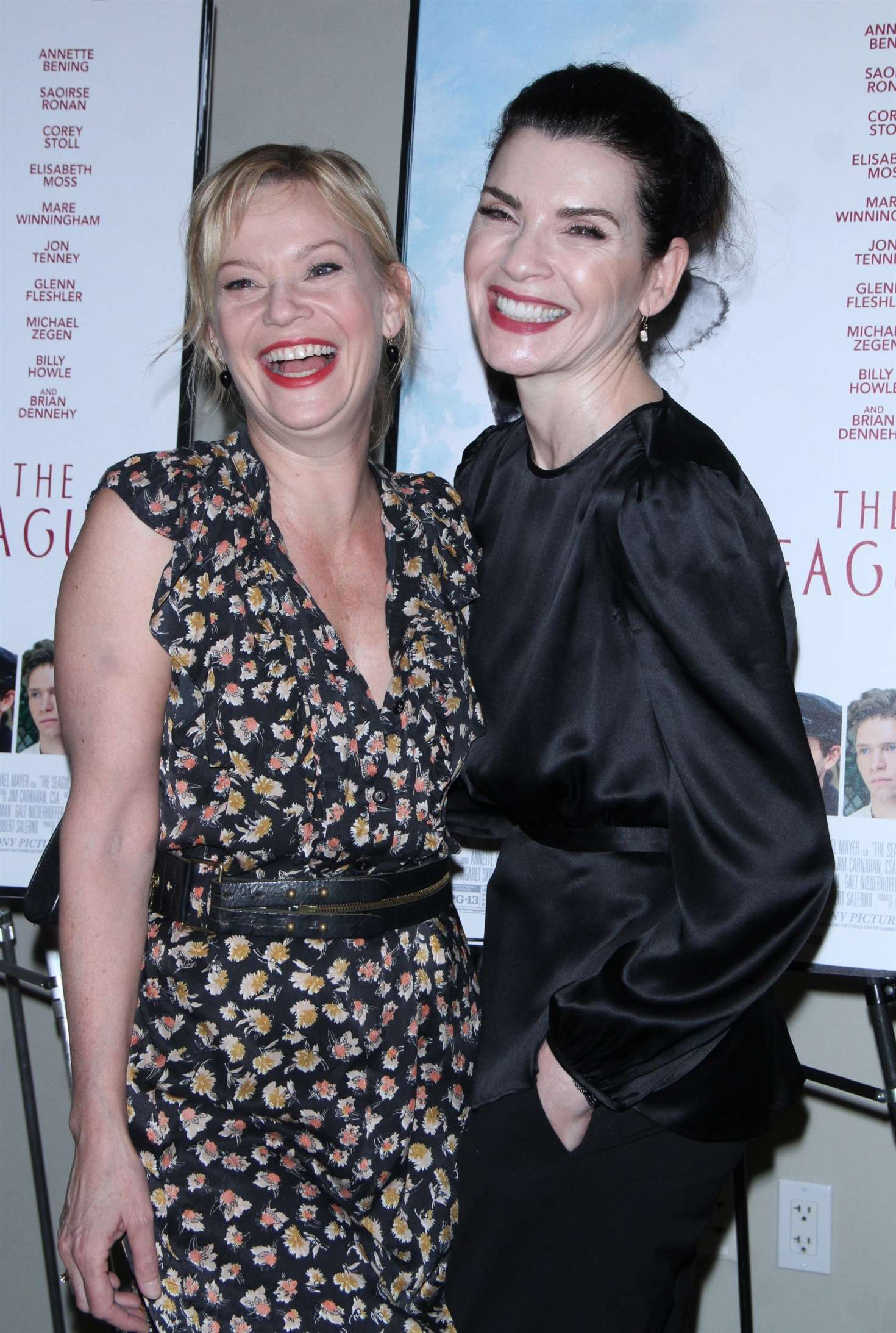 julianna marguiles and samantha mathis the seagull premiere 06
