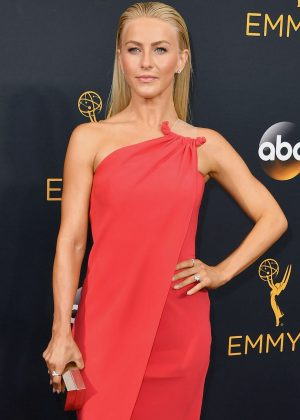 Julianne Hough - 2016 Emmy Awards in Los Angeles
