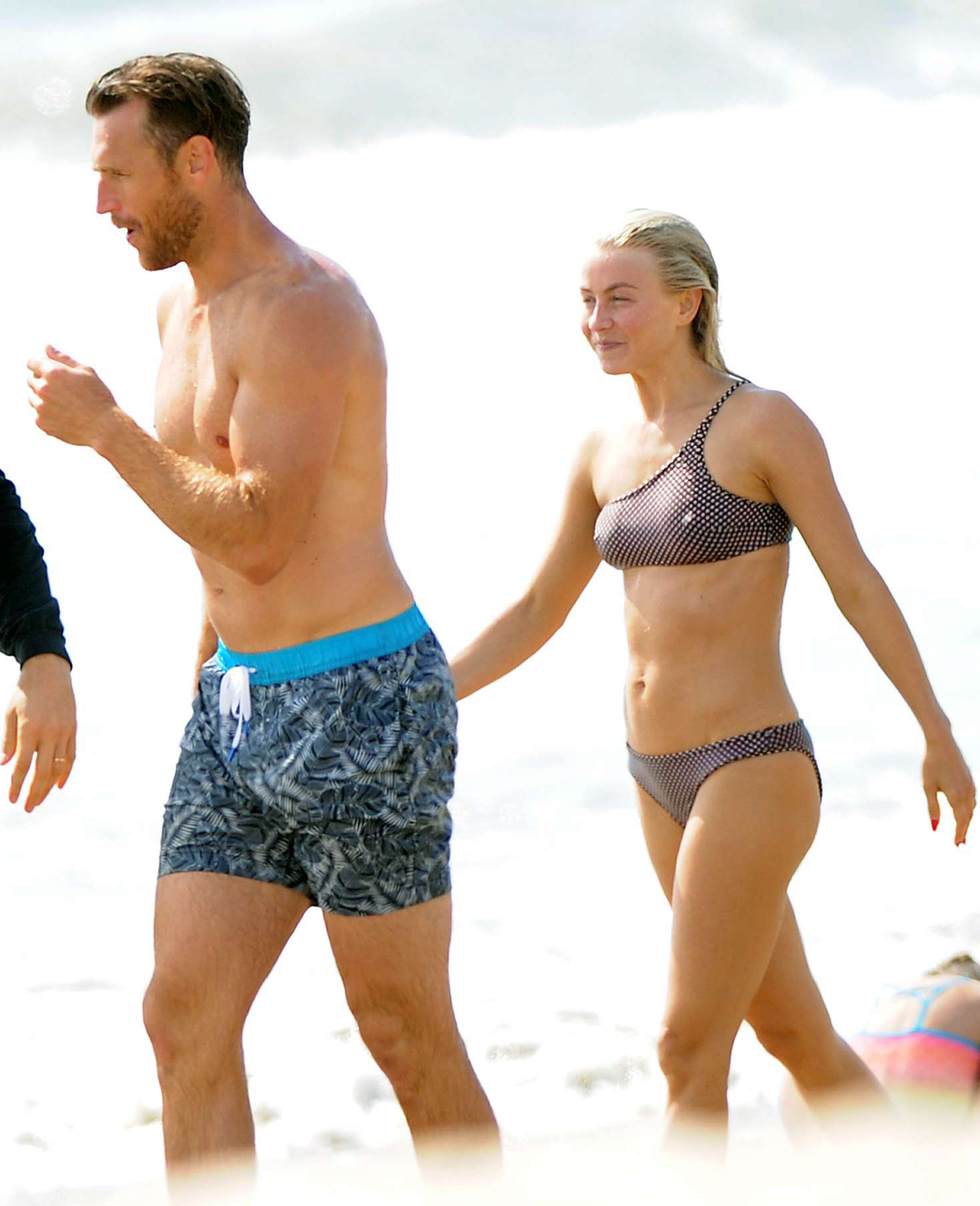 Julianne Hough 2017 : Julianne Hough: Bikini with husband Brooks Laich at the beach in Manhattan Beach-12