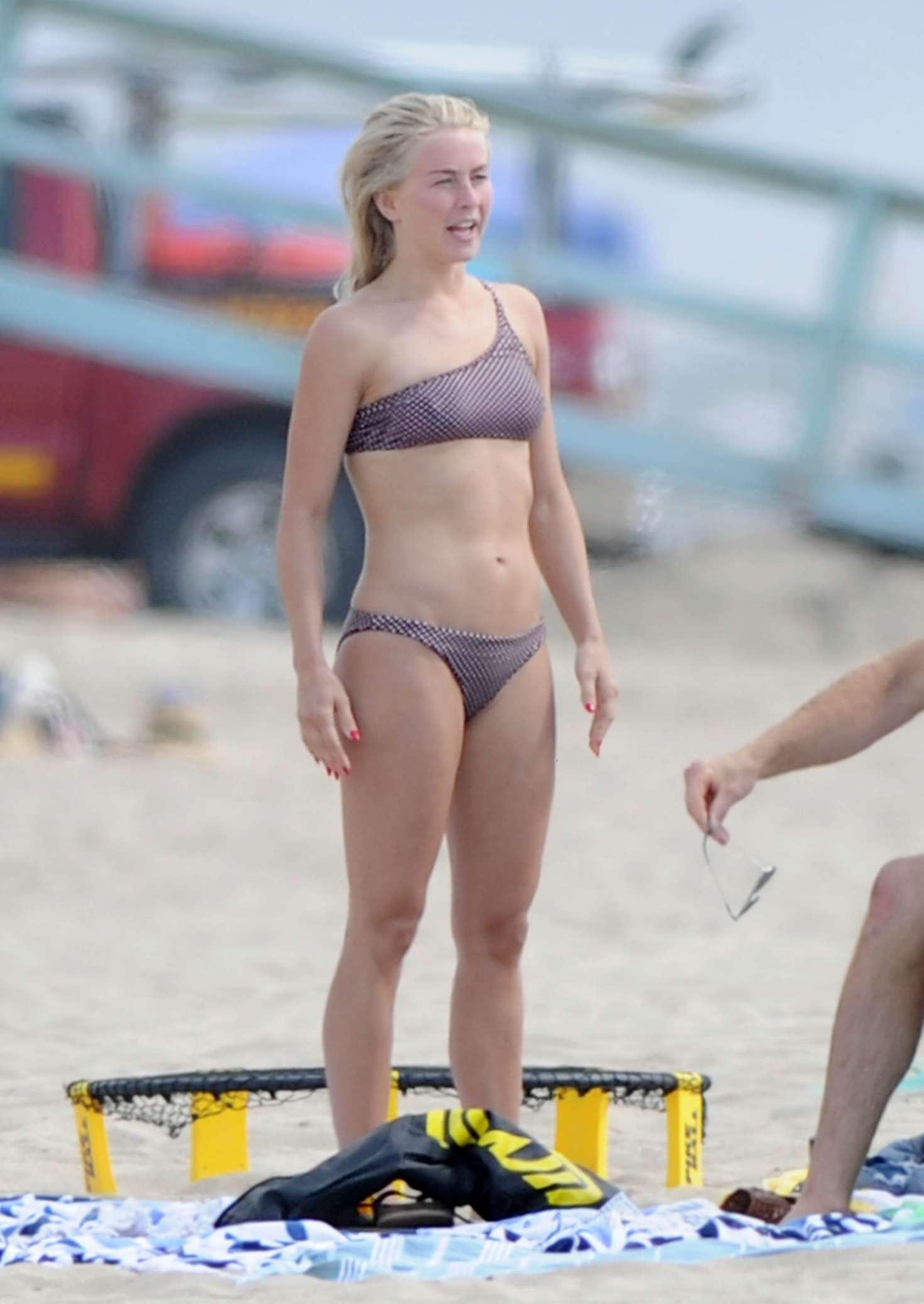 Julianne Hough 2017 : Julianne Hough: Bikini with husband Brooks Laich at the beach in Manhattan Beach-16