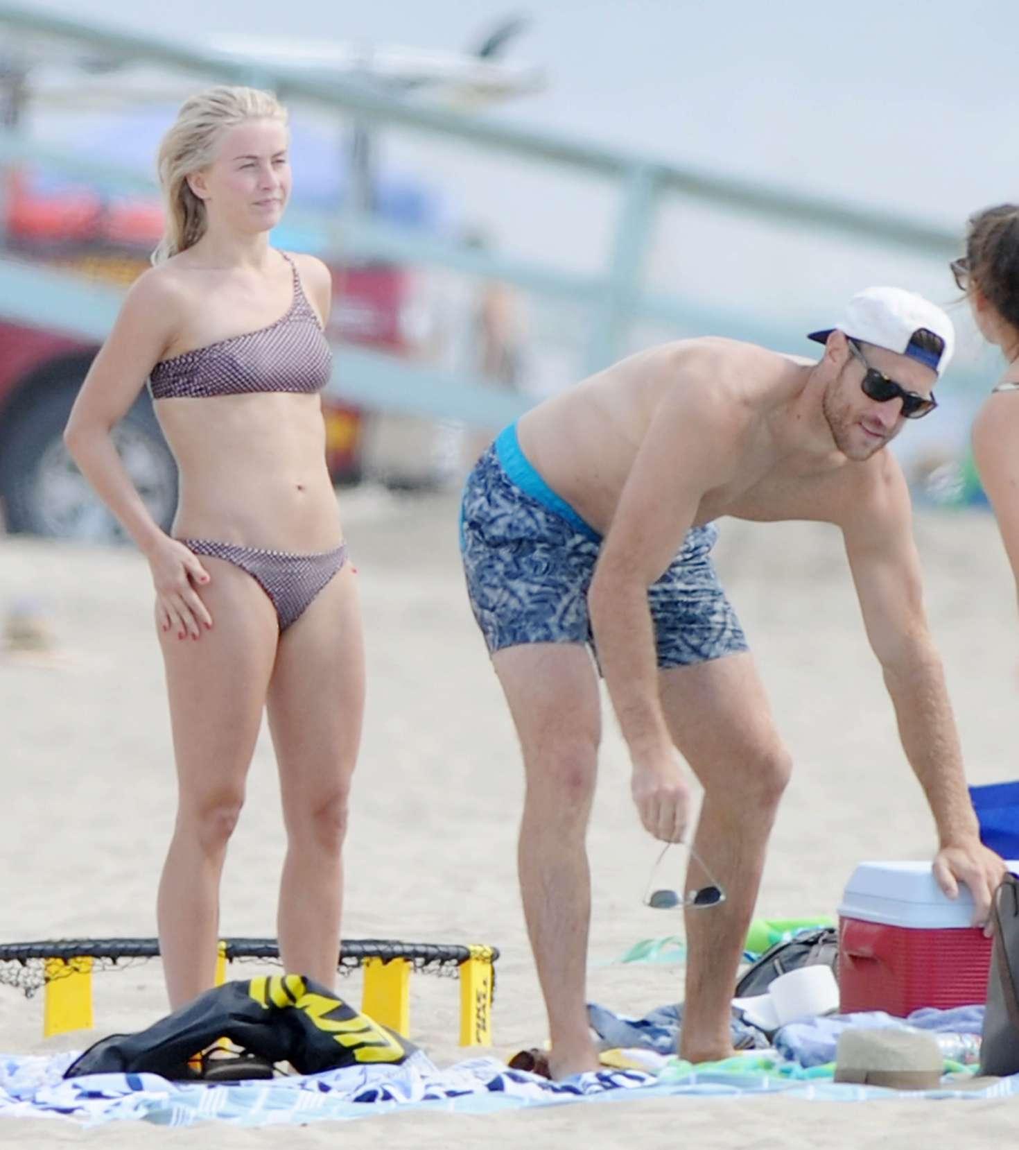 Julianne Hough 2017 : Julianne Hough: Bikini with husband Brooks Laich at the beach in Manhattan Beach-21