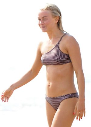 Julianne Hough - Bikini with husband Brooks Laich at the beach in Manhattan Beach