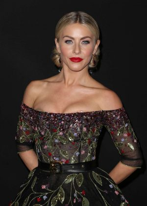 Julianne Hough - 'Dancing With the Stars' Season 23 Finale in Hollywood