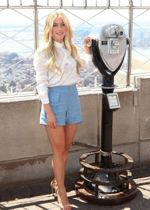 Julianne Hough - Empire State Building in New York