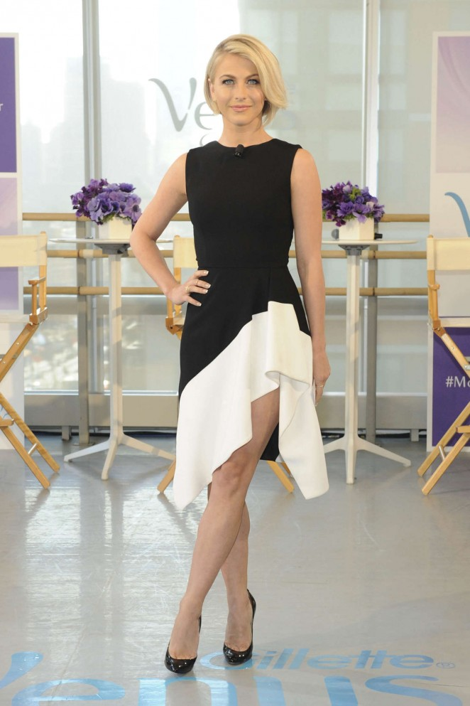 Julianne Hough - Hosts a dance off to celebrate the new Gillette Venus Swirl Razor in NY