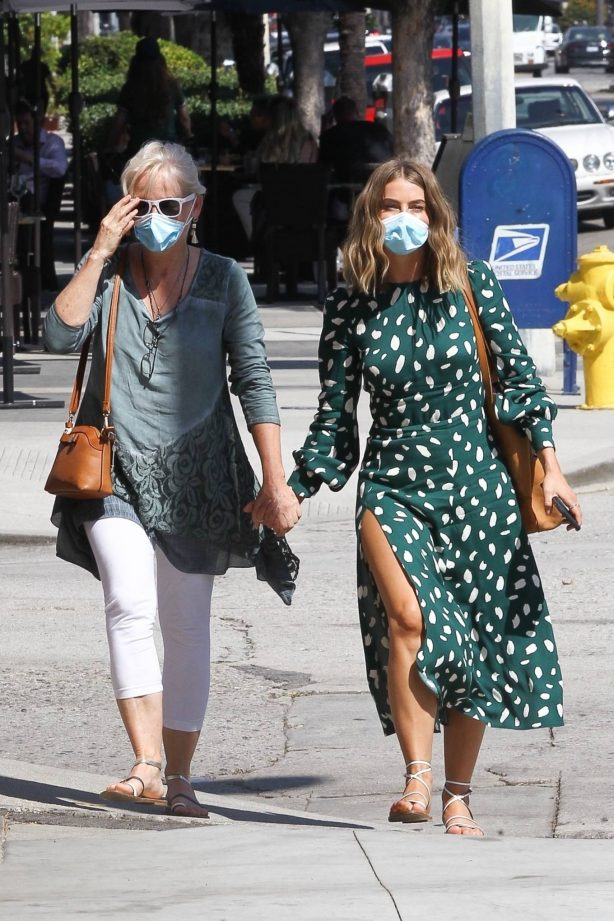 Julianne Hough - In a green dress out for lunch with her mom in Studio City