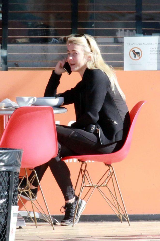 Julianne Hough in Black - Grabs breakfast in Studio City