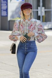 Julianne Hough - In skinny denim out in Los Angeles