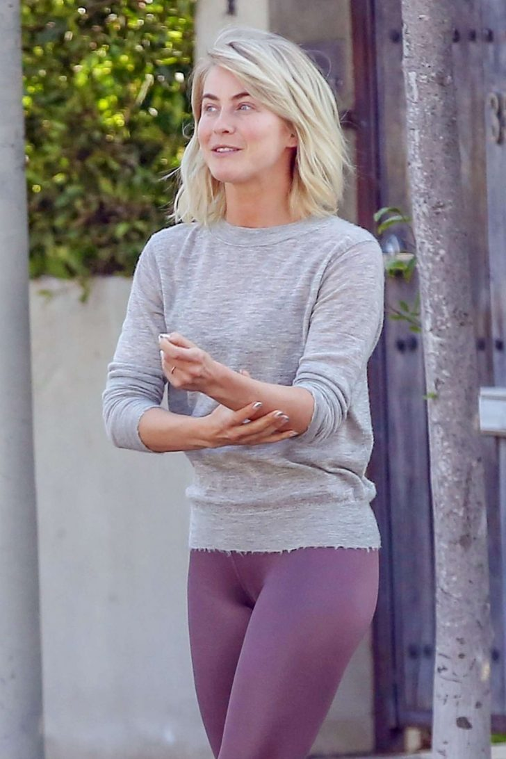 Julianne Hough in Spabdex - Out and about in Los Angeles