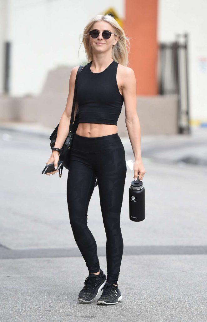 Julianne Hough in Tights Heading to a gym in LA