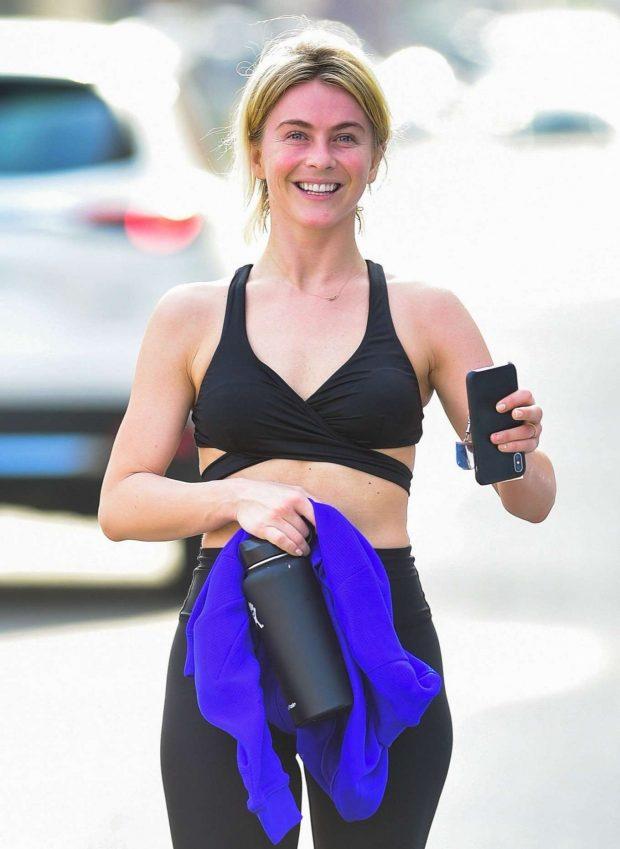 Julianne Hough in Workout Gear -06