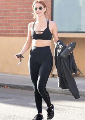 Julianne Hough - Leaves her workout in Los Angeles