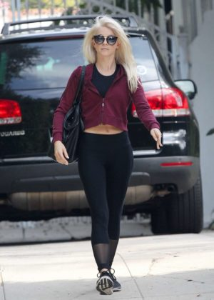 Julianne Hough - Leaving a friend's house in LA