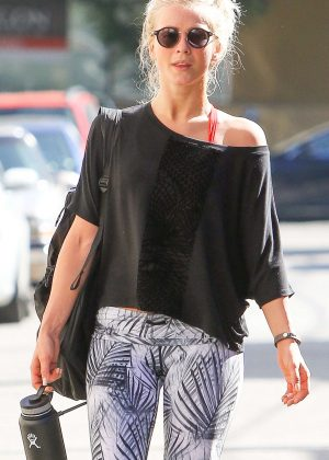 Julianne Hough - Leaving a morning workout session in Studio City