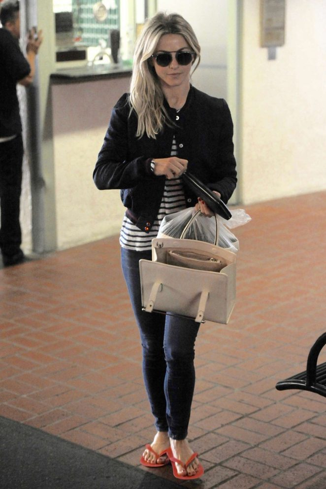 Julianne Hough – Leaving a nail salon in Beverly Hills