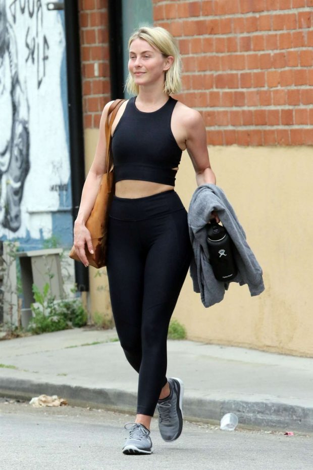 Julianne Hough: Leaving the gym in LA -04
