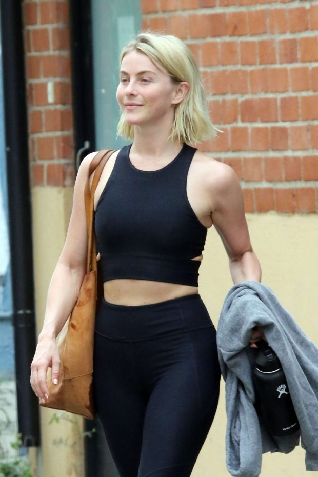 Julianne Hough - Leaving the gym in LA