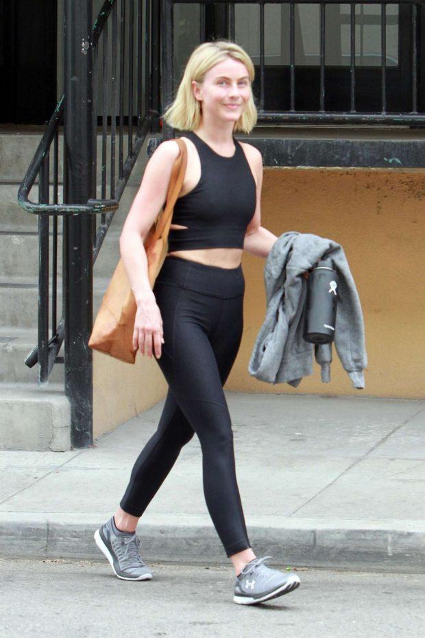 Julianne Hough: Leaving the gym in LA -15