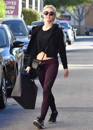 Julianne Hough - Leaving the gym in Studio City