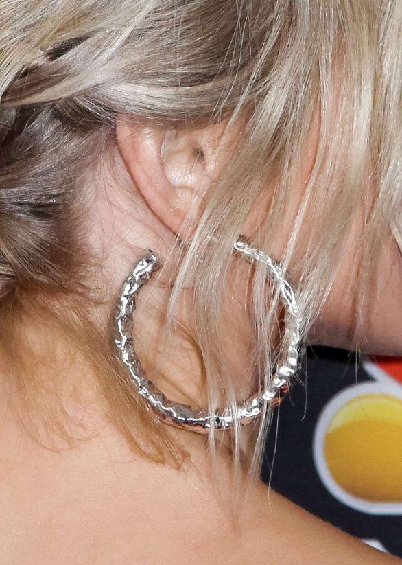 Julianne Hough 2019 : Julianne Hough – NBC and Vanity Fairs Celebration Of The Season-02