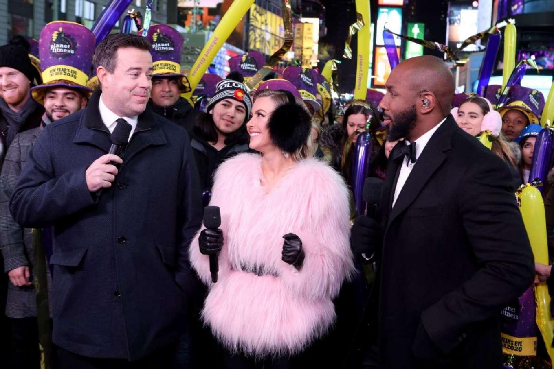 Julianne Hough 2020 : Julianne Hough – NBC's New Years Eve in New York-04