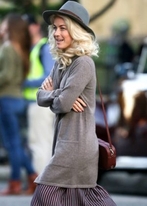 Julianne Hough - On the set of 'Bigger' in Birmingham