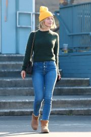 Julianne Hough - Out to run errands in Studio City
