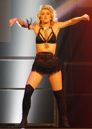 Julianne Hough: Performing at MOVE Live on Tour -01