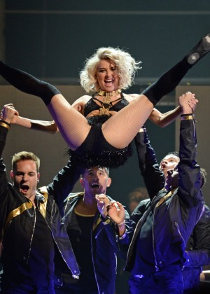 Julianne Hough: Performing at MOVE Live on Tour -14